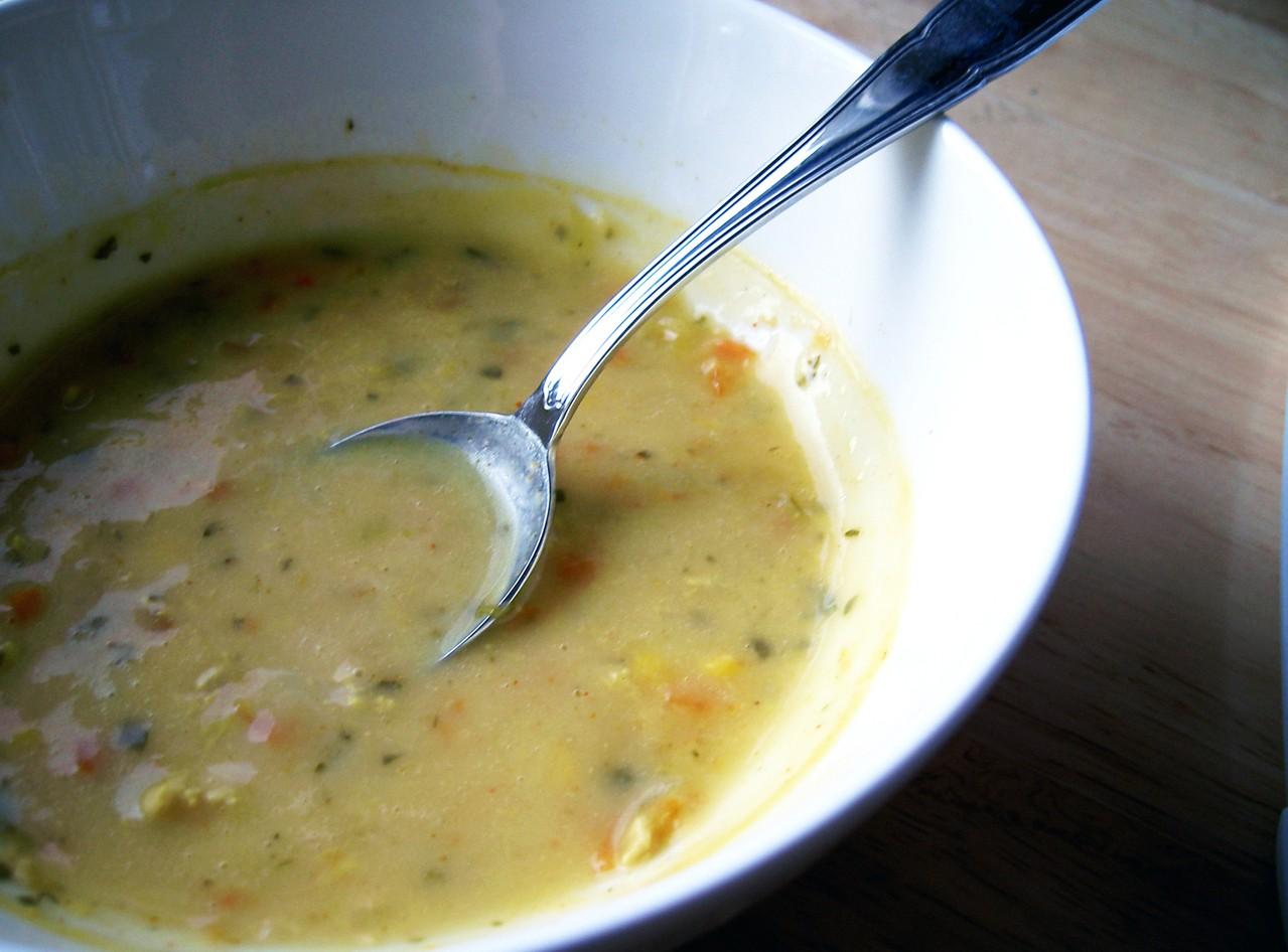 Zabielanie zupy – śmietana lub jogurt