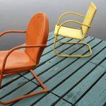 Krzesła sztaplowane do małego mieszkania